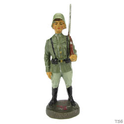 Elastolin Infantry soldier standing, shouldered arms (honorary post)